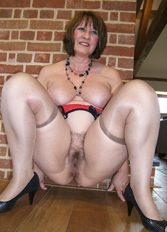Mature Erotic Christine in Stockings